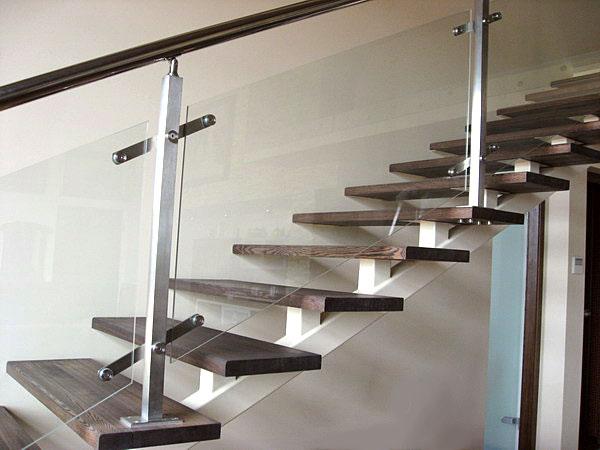 Стеклянные перила для лестниц