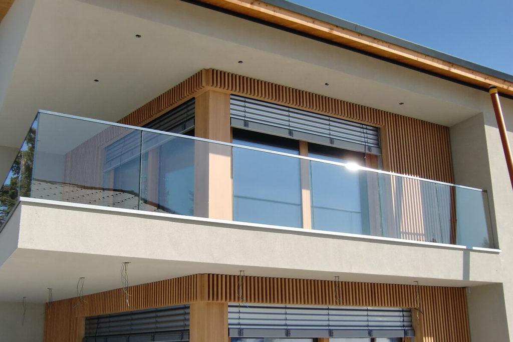 Скління балконів тераси