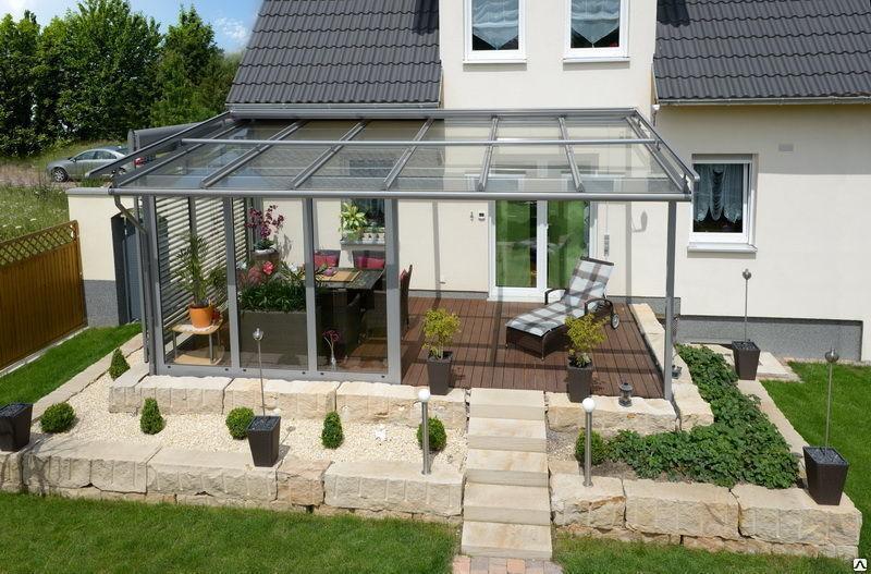 Скляна тераса на задньому дворі